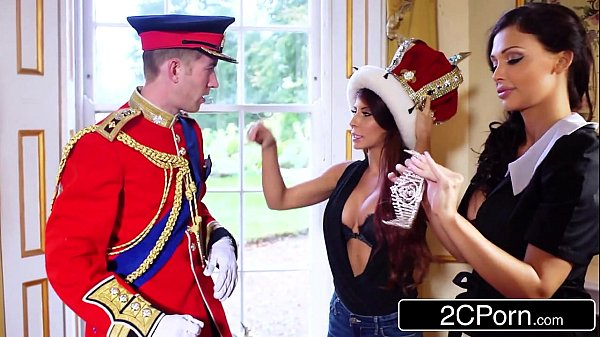 Big Tit Maid Aletta Ocean and Horny Tourist Madison Ivy Suck British Royal Dick