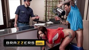 Busty (Gabbie Carter) Getting Multiple Orgasms From Sex Aficionado And Café Owner (Small Hands) – Brazzers
