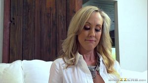 Brazzers – Hot milf Brandi Love gets some young cock